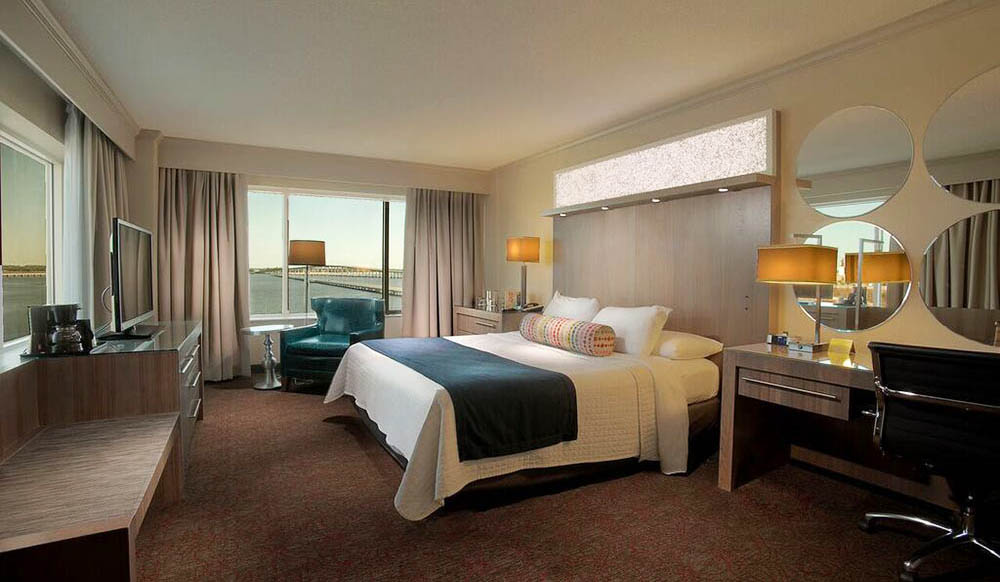 Hotel_Room_FB