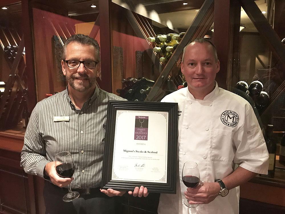 Mignon's Wins Award
